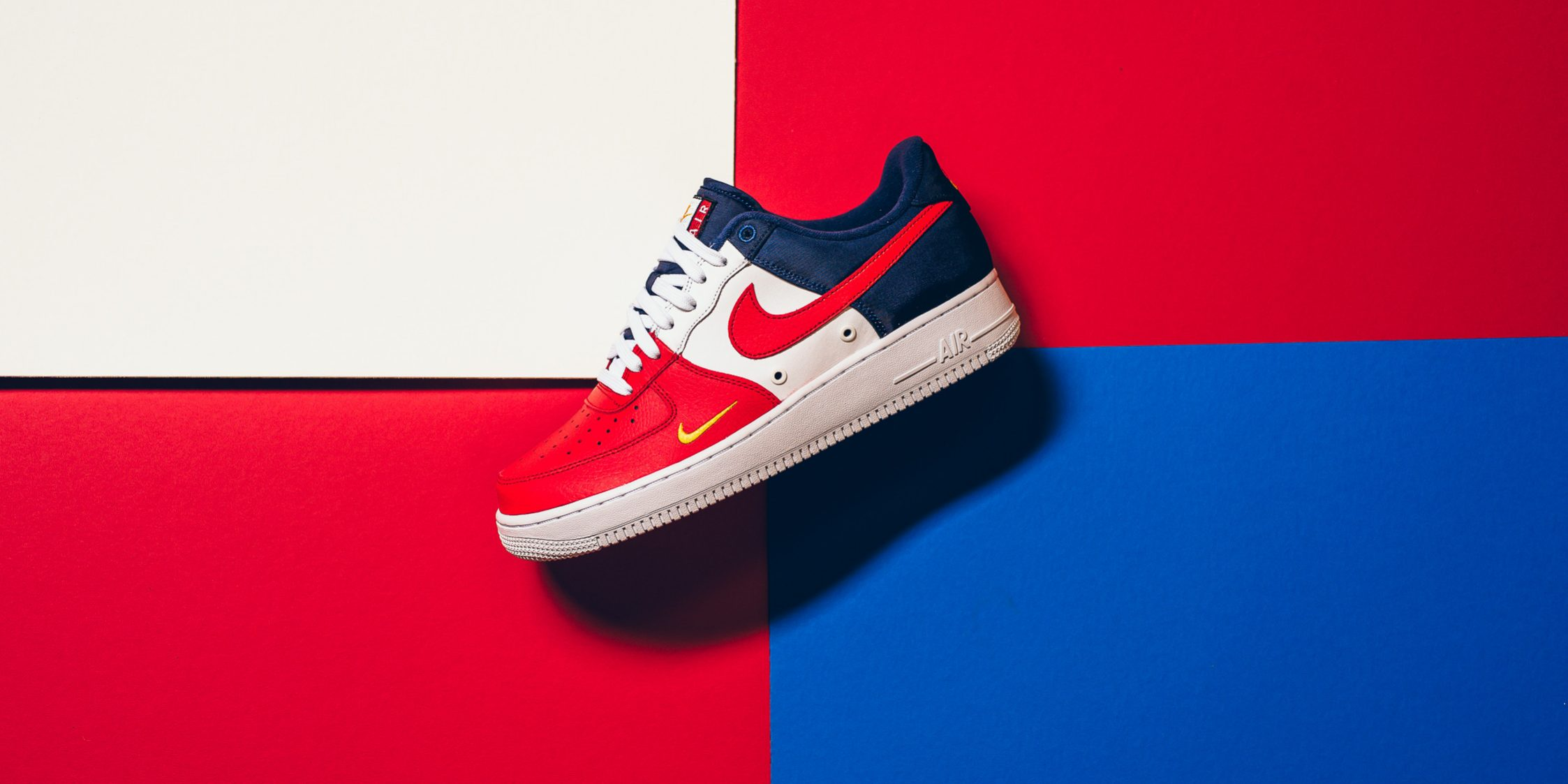 "quality design 7fada 0b04e Nike Air Force 1  07 LV8 Mini Swoosh ""USA"" (Detailed Pictures) – TIP SOLVER"