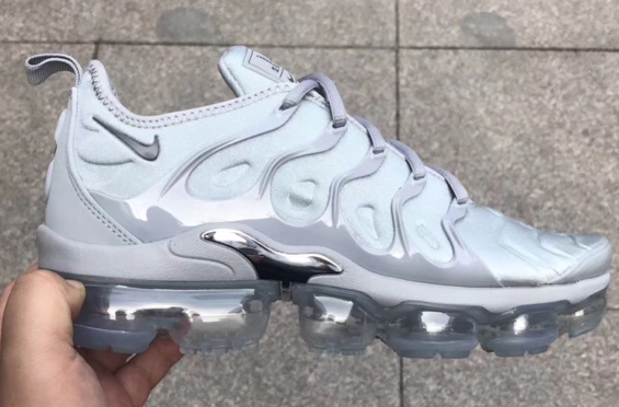 cf3bcbc2d25 Nike Air VaporMax Plus Triple Grey Dropping In 2018