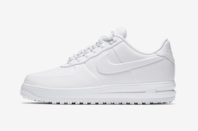 "ecf8286b968 Take an Early Look at Nike s Ultra-Clean ""Winter Whites"" Pack"